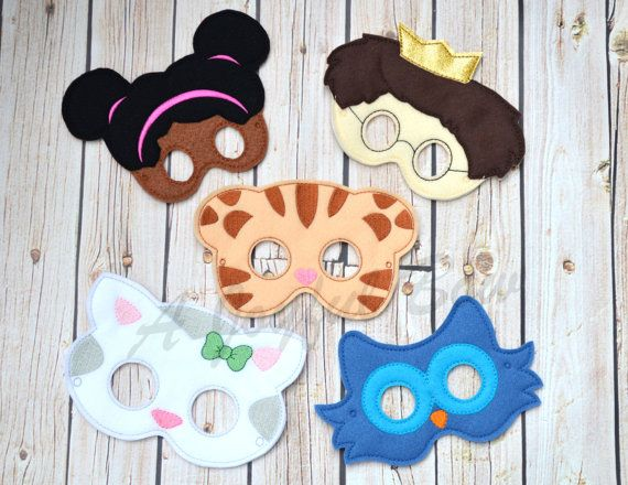 This listing is for ONE or set of all characters. Great for birthday parties or just for dress up fun! The each come with elastic attached for easy