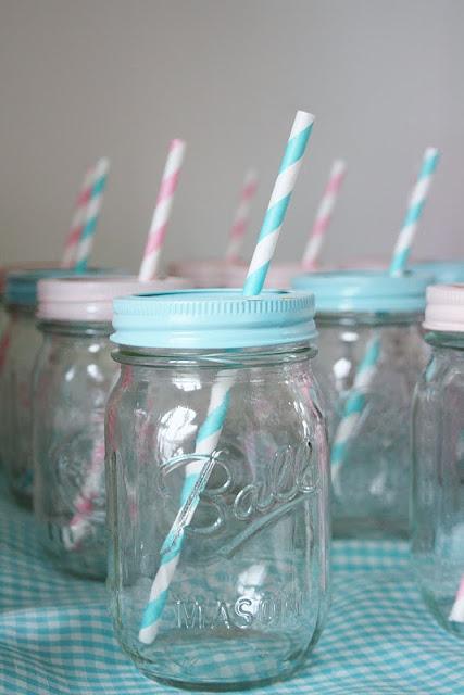mason jars as drink glasses: Baby Shower Ideas, Paintings Lids, Parties Drinks, Sprays Paintings, Parties Ideas, Mason Jars, Straws, Jars Lids, Baby Shower
