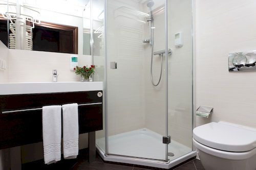 Hotel Swing - Bathroom
