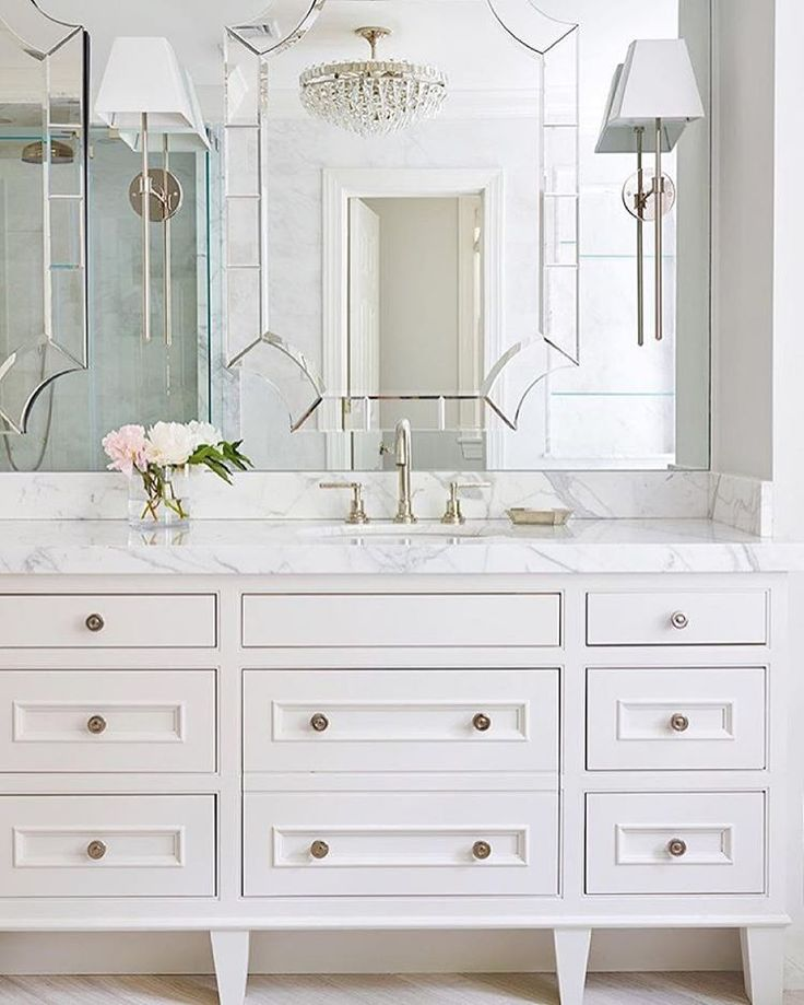 25+ Best Ideas About Mirrored Vanity On Pinterest