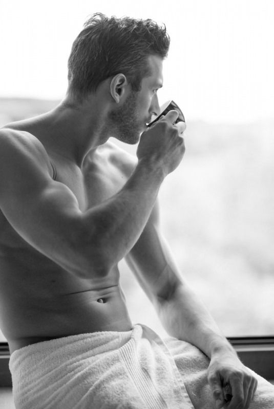 I can just imagine drinking morning-after coffee with this scruffy, shirtless hunk. Round 2? (Or 3?): I can just imagine drinking morning-after coffee with this scruffy, shirtless hunk. Round 2? (Or 3?)