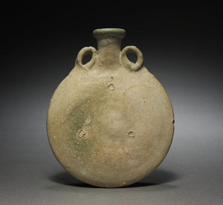 Pilgrim flask, 1-200. Parthian, 1st-2nd Century, terracotta, Overall - h:18.50 cm (h:7 1/4 inches). Joint Expeditions-Iraq Excavations Fund 1933.201