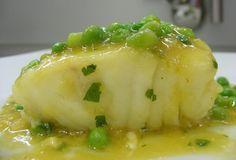 Receta casera de merluza en salsa verde con guisantes #cocinaespañola