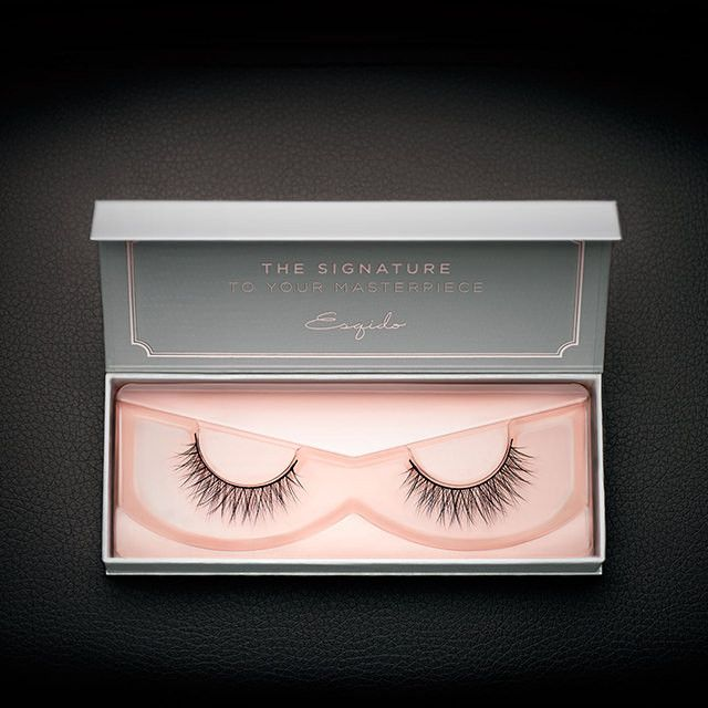 The long flowing locks are evenly criss-crossed along the entire band. These mink lashes accentuate your eyes for a natural flutter effect.