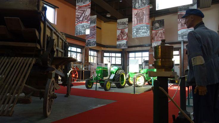 Musée de Vierzon collection de tracteurs SFV (Société Française Vierzon)