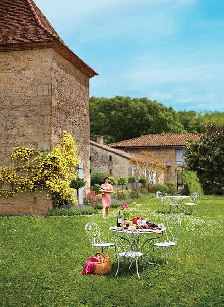 Hey Foodies, Here's Why You Should Consider Gascony for Your Next Culinary Vacation