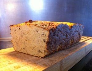 Dit is mijn recept voor bloemkoolbrood, het lijkt qua smaak en structuur niet echt op een normaal brood. Maar is daarom zeker niet minder lekker!!! Je kunt een plakje van dit brood afsnijden en bel…