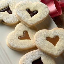 Linzer Cookies : King Arthur Flour - this one seems like the best