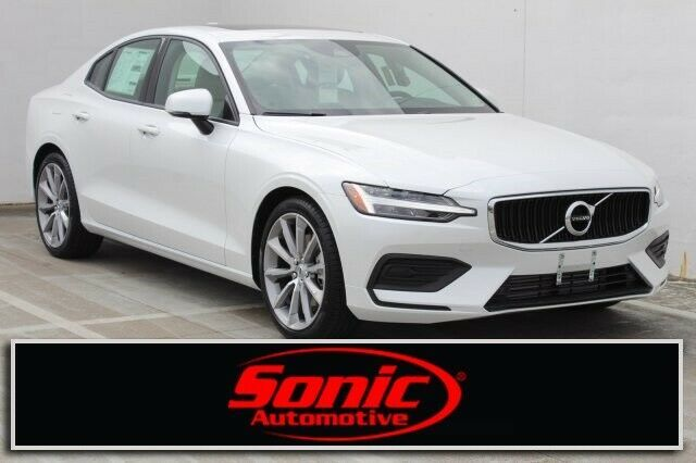 Used 2020 Volvo S60 Momentum 2020 Volvo S60 Momentum 10 Miles Crystal White Metallic 4dr Car Intercooled Turb 2020 Is In Stock And For Sale 24carshop Com Volvo Volvo S60 Volvo V60