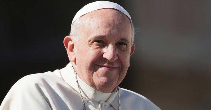 Mateo 23,13-22 - Reflexión del Papa: El que no ora es un soberbio, es un orgulloso, es un seguro de sí mismo. No es humilde