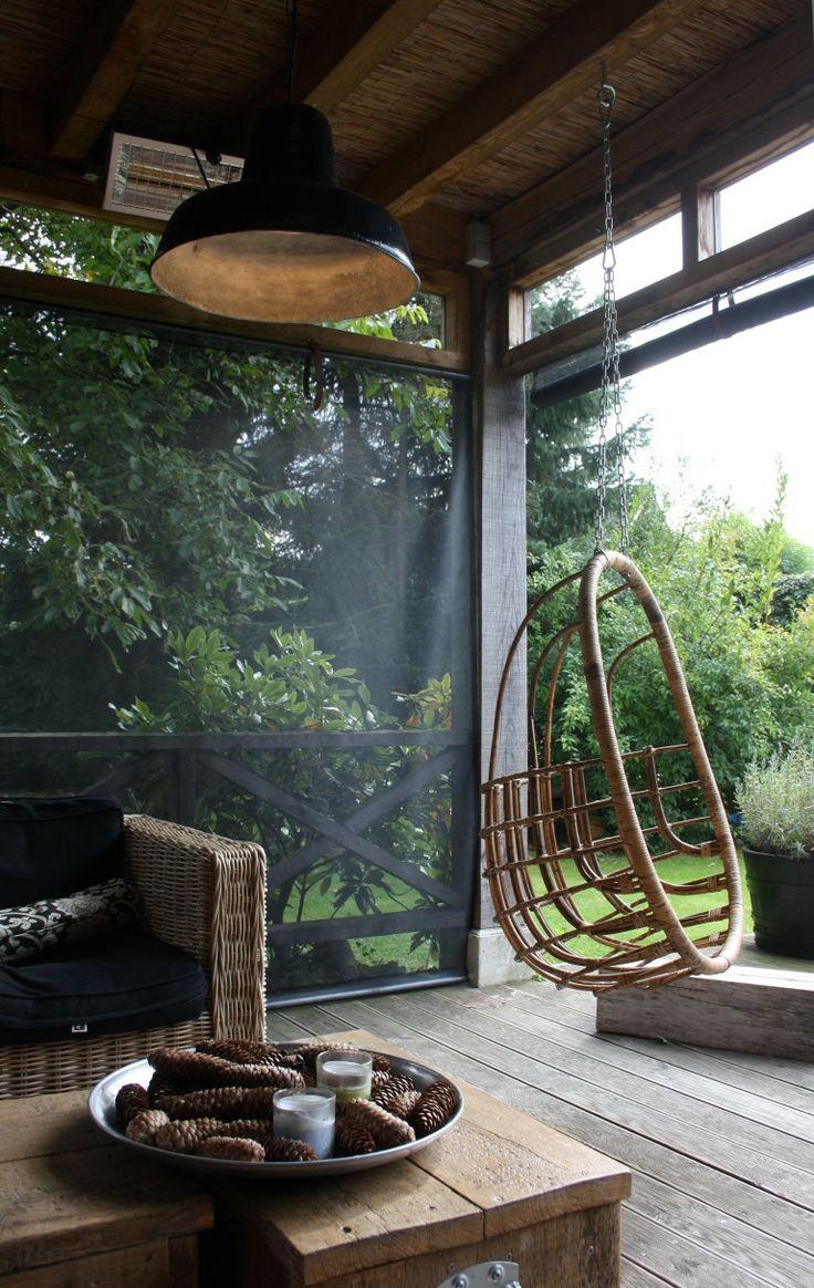 wegwind. windscherm dat er voor zorgt dat je het zicht behoud stijlvol. Op maat gemaakt. Werkt super. www.wegwind.nl