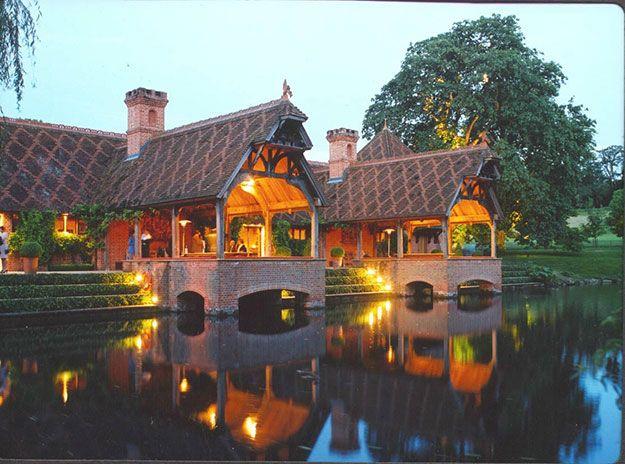 Wonderful Waterside Wedding Venues