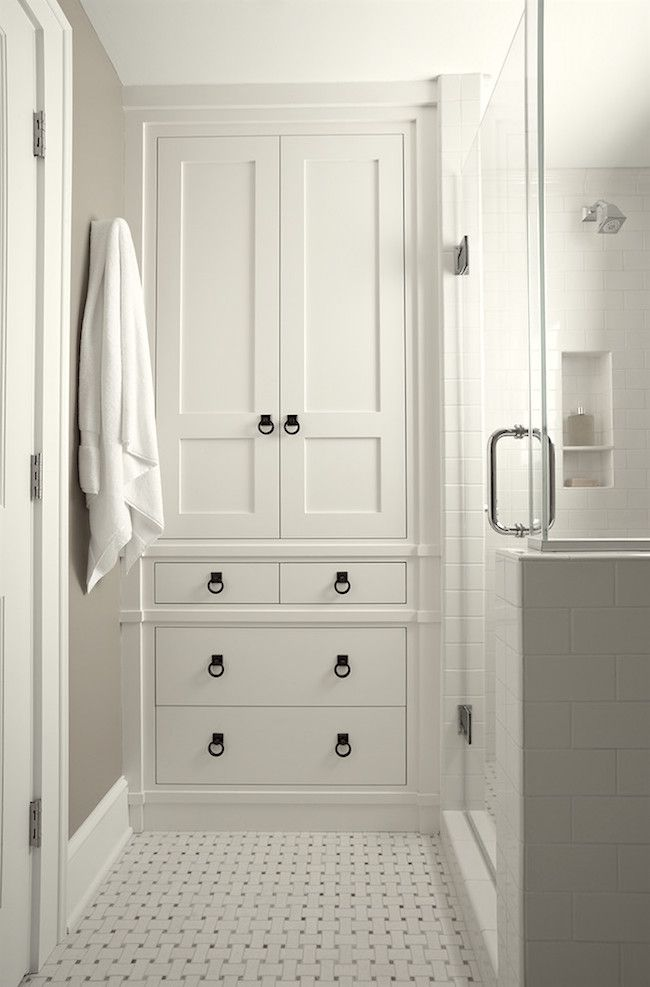 25 best ideas about bathroom linen cabinet on pinterest - Beautiful bedroom built in cupboards ...