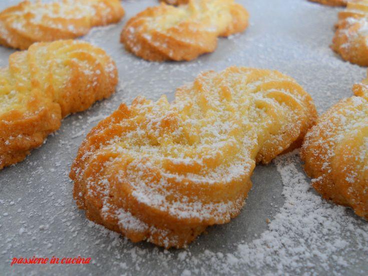 http://blog.giallozafferano.it/cuinalory/biscotti-con-farina-di-riso/