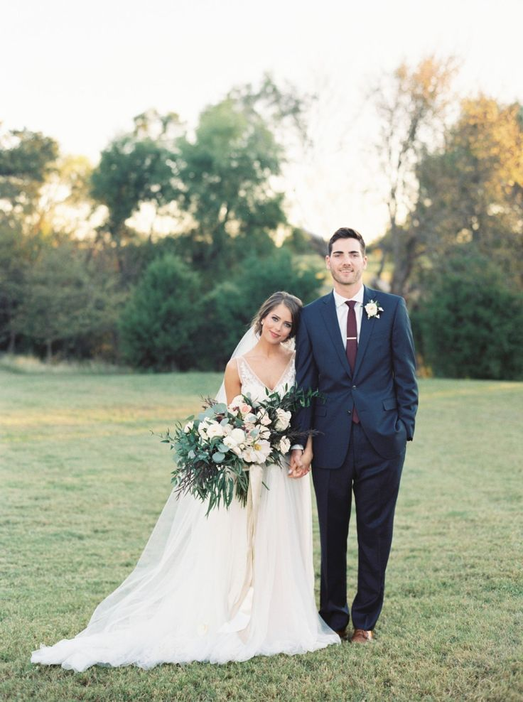 Basic Burgundy + Navy Fall Marriage ceremony