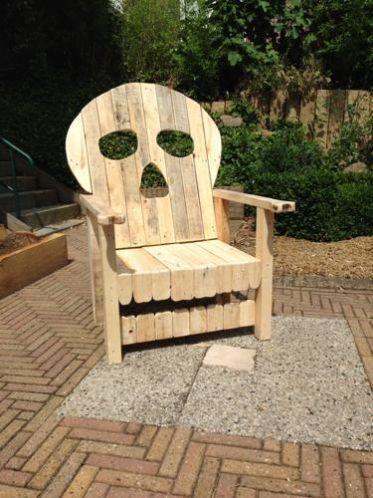 Unieke schedel stoel, piraten troon