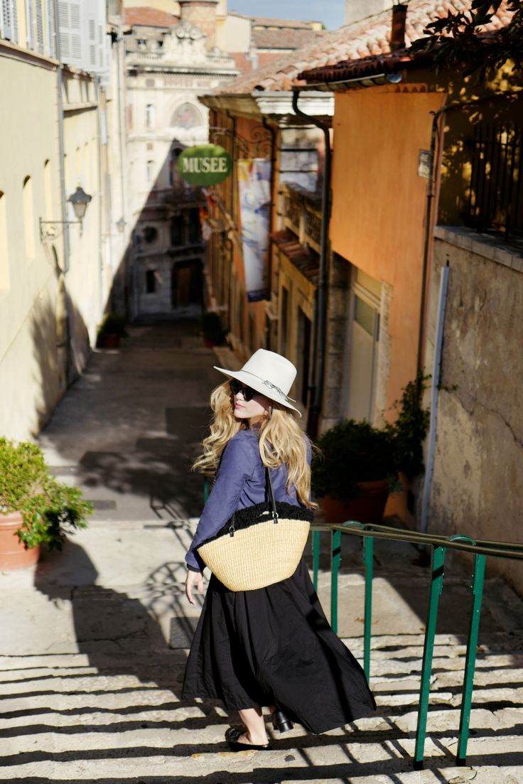 How to travel the French Riviera in style. Nice, Grasse, Villefranche, Saint-Jean-Cap-Ferrat, Cannes and so much more this region of France has to offer.