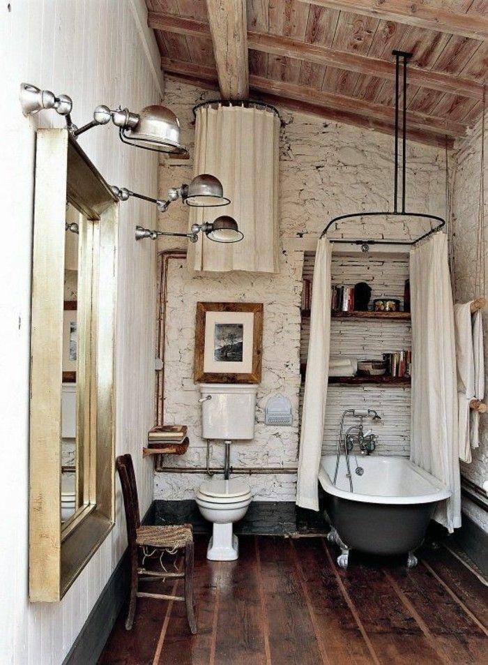 jolie salle de bain retro, baignoire ancienne et robinetterie ancienne