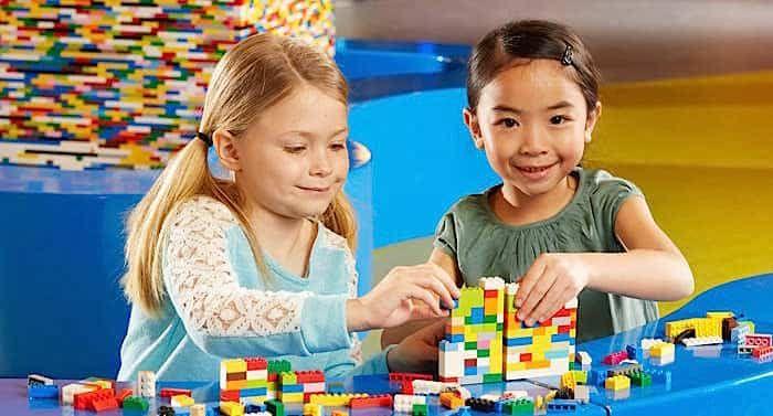 Legoland Discovery Centre Berlin Gutschein 2 Fur 1 Coupon Saison 2019 Legoland Freizeitpark Heide Park Resort