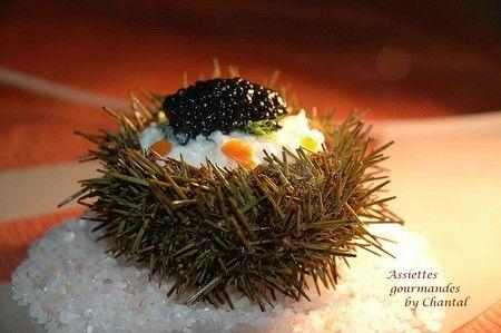 Oursins farcis au crabe, brunoise de légumes et caviar | Assiettes Gourmandes