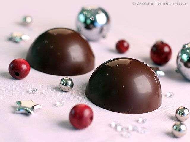 """LINE BOTWIN """"Miammm"""" #recette #sucrée #dessert Faire des sphères en chocolat bien brillantes"""