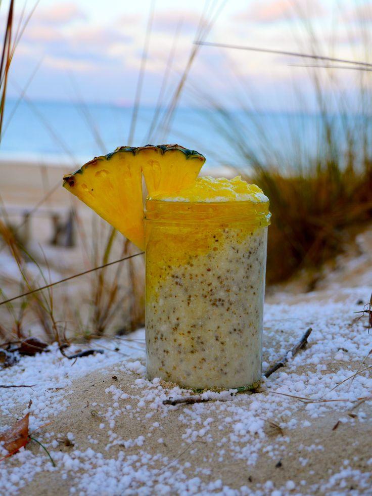 Ananas-Kokos-Chia Cocktail