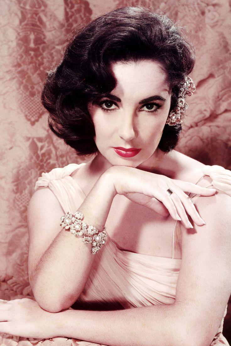 Liz Taylor, 1955
