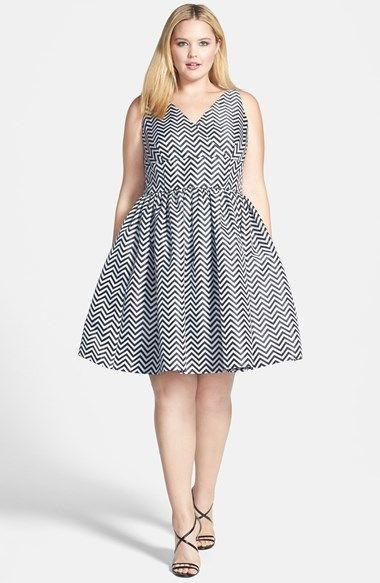 Plus Size Chevron Print V-Neck Fit & Flare Dress (Plus Size)
