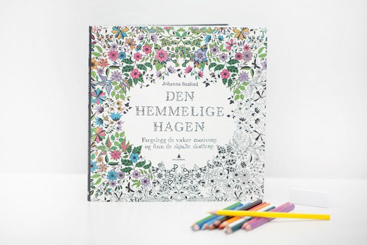 An inky treasure hunt and colouring book, Secret garden my new favourite book. Read and see more pictures on my blog - Den hemmelige hagen www.susannevedvik.no