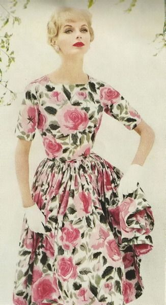 Cabbage rose dress, 1958.   I think it is definitely time for some kimono sleeves with gussets on my sewing table.