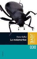 La metamorfosi és un dels textos més angoixants de la literatura universal, i narra la història de Gregor Samsa, un viatjant de comerç que un matí es desperta, a la casa paterna, transformat en un insecte monstruós. Més enllà d'aquesta espantosa metamorfosi, el text de Kafka ha esdevingut un dels títols fonamentals per entendre la soledat, el sentit de l'existència i l'aïllament que l'autor sempre va necessitar per escriure.