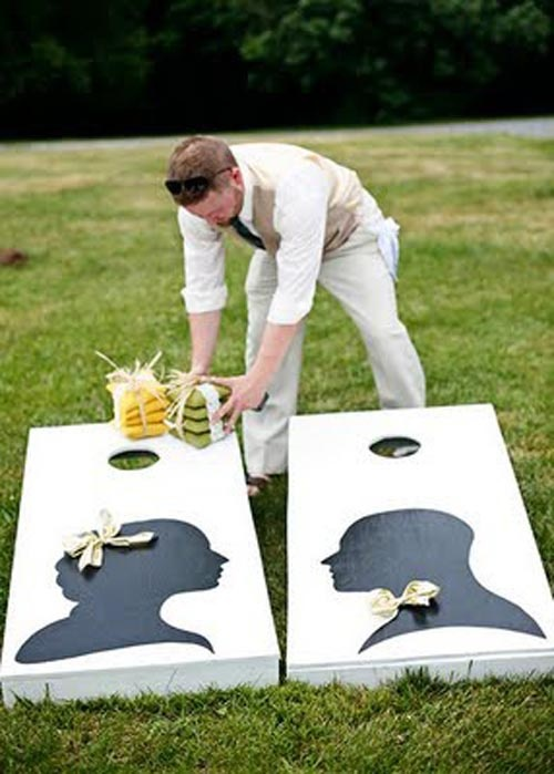 Cute Idea; Bride's side and Groom's side?