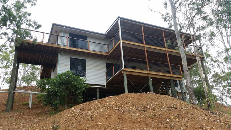 Split Level Design But In Laceys Creek Queensland Tru Built Builders Queensland Split Level