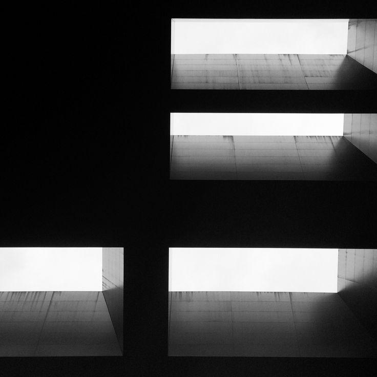 |Perforar| Cielo-Tierra. /\teliers Jean Nouvel. Museo Nacional Centro de Arte Reina Sofía.