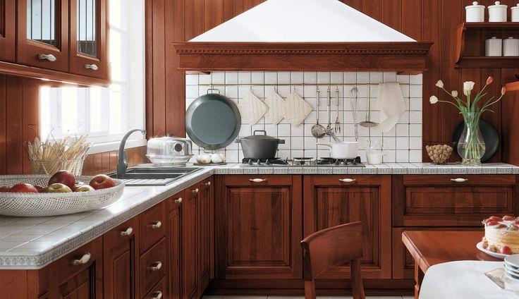 O marrom pode tornar qualquer ambiente mais charmoso. A cor é uma excelente opção para cozinhas.Use a cor nos móveis, pisos, azulejos, nas pias e bancadas.