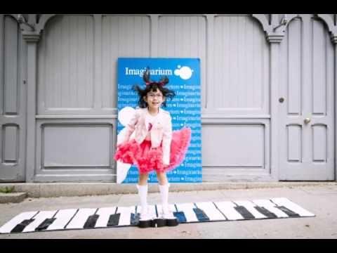 La música es MODA con Imaginarium. - YouTube www.imaginarium.es  POST link in bio  http://mamimehagomayor.blogs.elle.es/   #iitgirl #moda #musica #toys #juguetes #kids #children #girls #babies #boys #trendykids #photo