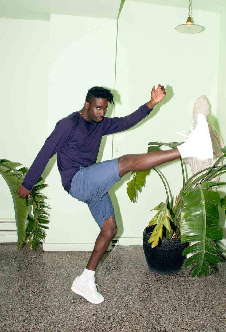Of Sharks & Men - SS2016  Cody 100% organic cotton crewneck Logan linen/cotton shorts