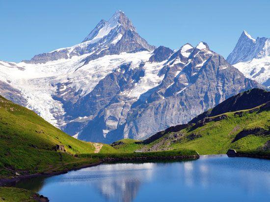Suisse,