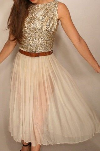 .: Tulle Skirts, Date Outfits, Cream Dresses, Carrie Bradshaw, Sparkly Dresses, Sparkle, Sequins Tops, Girls Things, Leather Belts