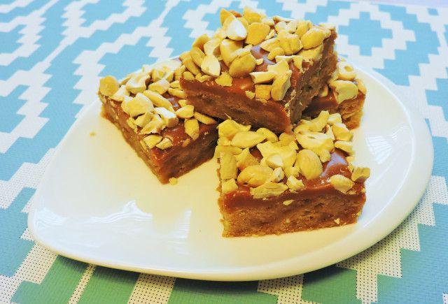 Caramel Cashew Crunch Bars
