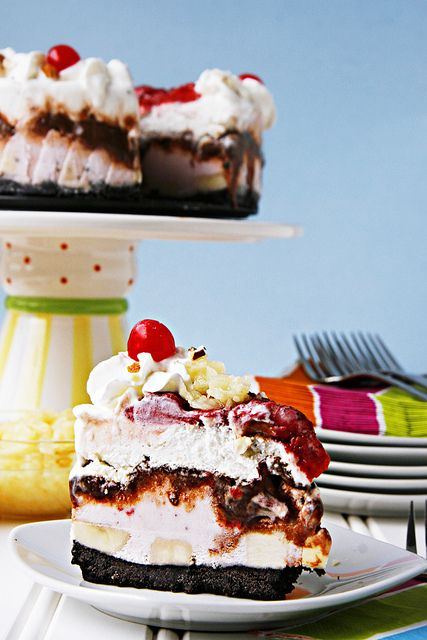 Banana Split ice cream cake. | Cake & Frostings | Pinterest