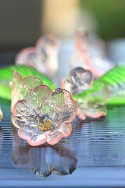 Japanese sakura (cherry blossom) sugar candy that looks like glass | photo by Egaode123