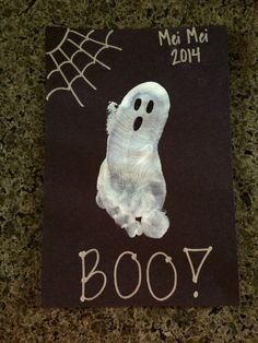 Kids Halloween Crafts | Ghost Foot Prints | Preschool Kids Crafts | Last minute Halloween Fun! | www.madewithhappy.com