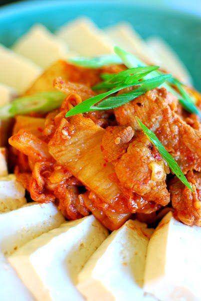 Dubu Kimchi (Tofu with Stir-fried Kimchi and Pork)