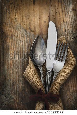 Стоковые фотографии и изображения посуда из металла | Shutterstock