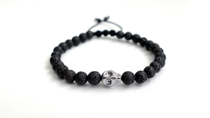 Men's bracelet from Lava and a skull of Hematite -Price:12€