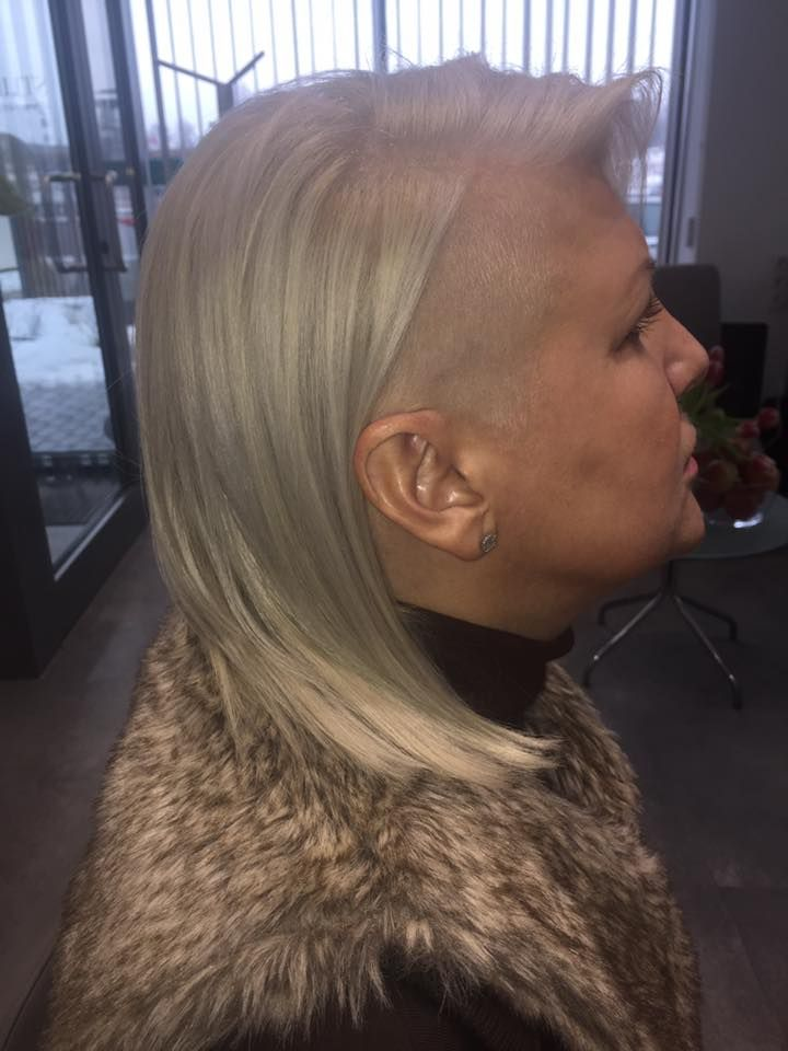 Wykonanie: Monika. www.fryzjer.lublin.pl #hair #cut #long #fryzjer #Lublin #dyed #sidecut #woman