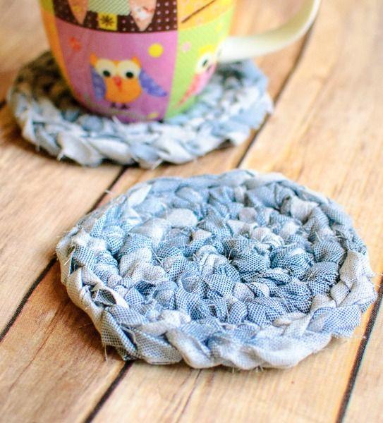Fabric Crochet Coaster Pattern ... great upcycle idea! #crochet #pattern #fabric