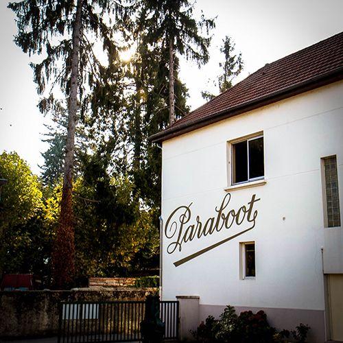 Izeaux 라는 작은 시골 마을에 위치한 Paraboot 본사