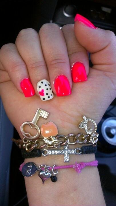 Pink acrylics nails :)